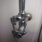 水漏れを止める為の止水栓から水漏れすると困まりますね。